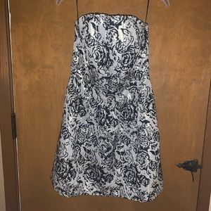 Strapless black & white short dress